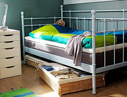 jugendbett ideen f r kinderzimmer von teenies. Black Bedroom Furniture Sets. Home Design Ideas