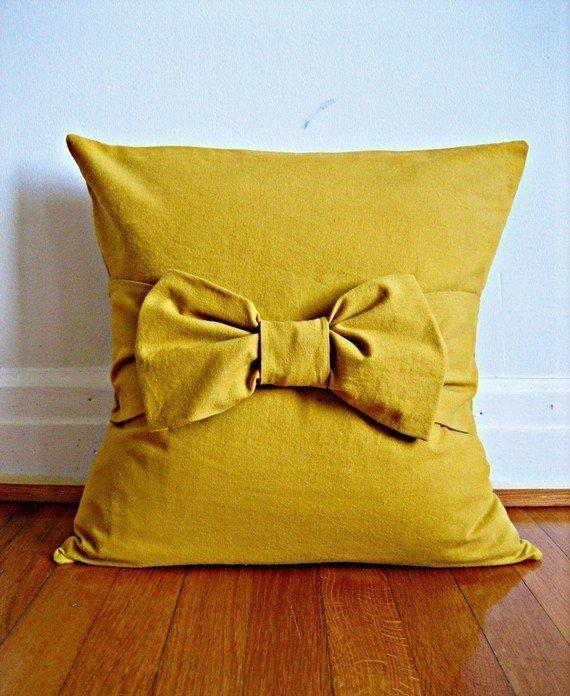 kissen selbst gestalten so werden kissen zum hingucker. Black Bedroom Furniture Sets. Home Design Ideas