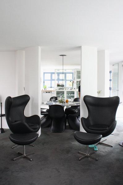 wohnzimmer in schwarz weiss stil