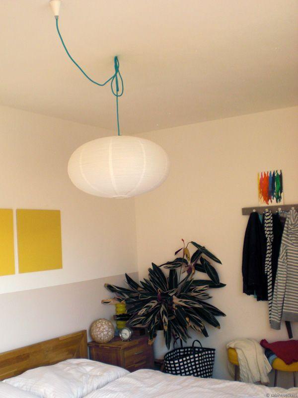 Wandgestaltung Schlafzimmer. Schlafzimmer Mit Neuem Regenbogenbild