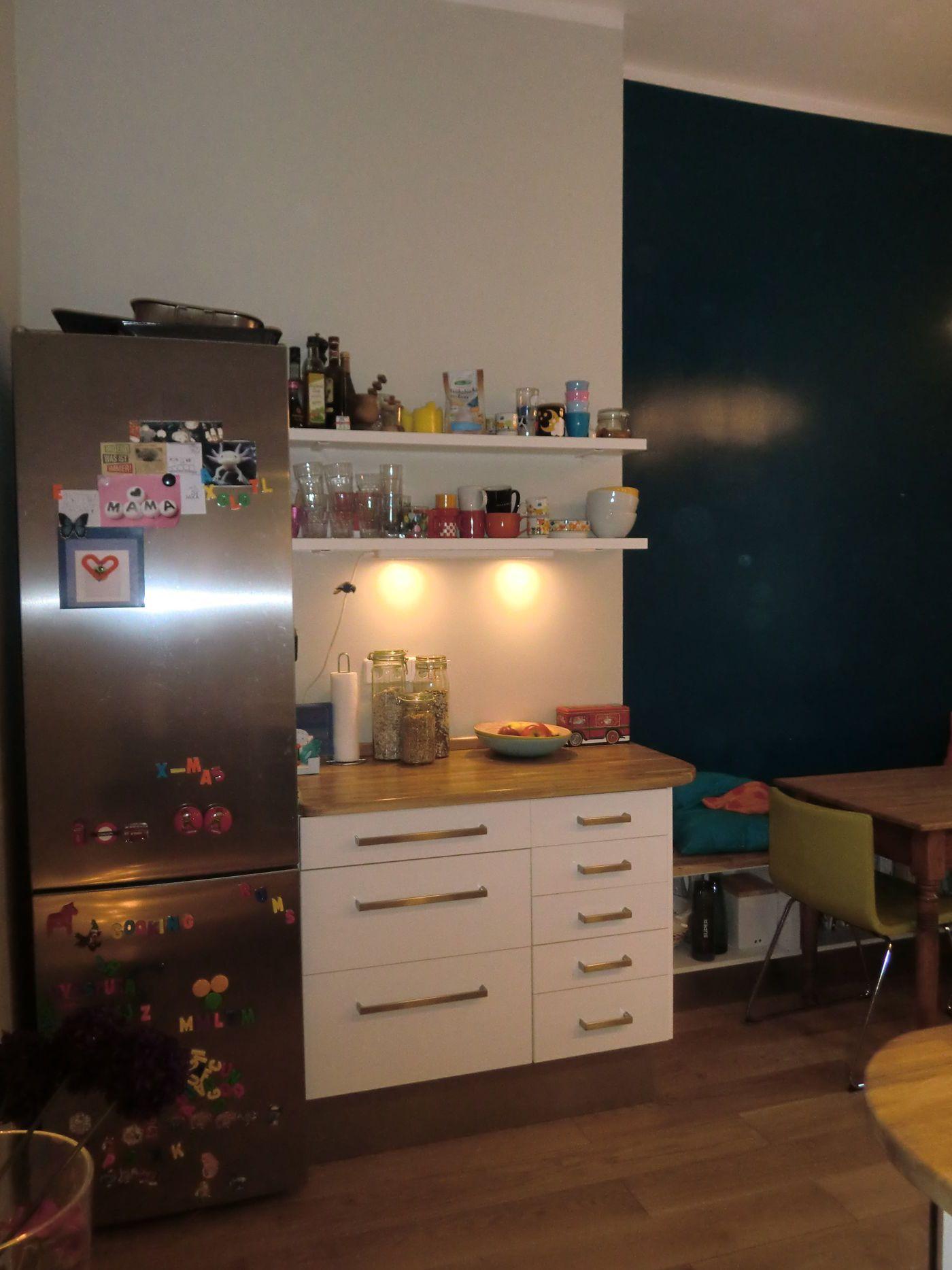 Niedlich Kleine Wohnung Küche Renovieren Bilder - Küchen Design ...
