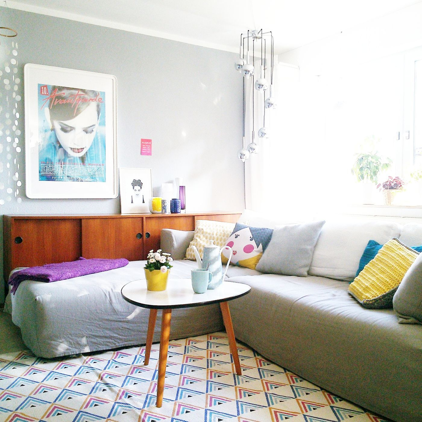 Erfreut Wohnzimmer Und Küche Lackfarbe Ideen Ideen - Küchenschrank ...