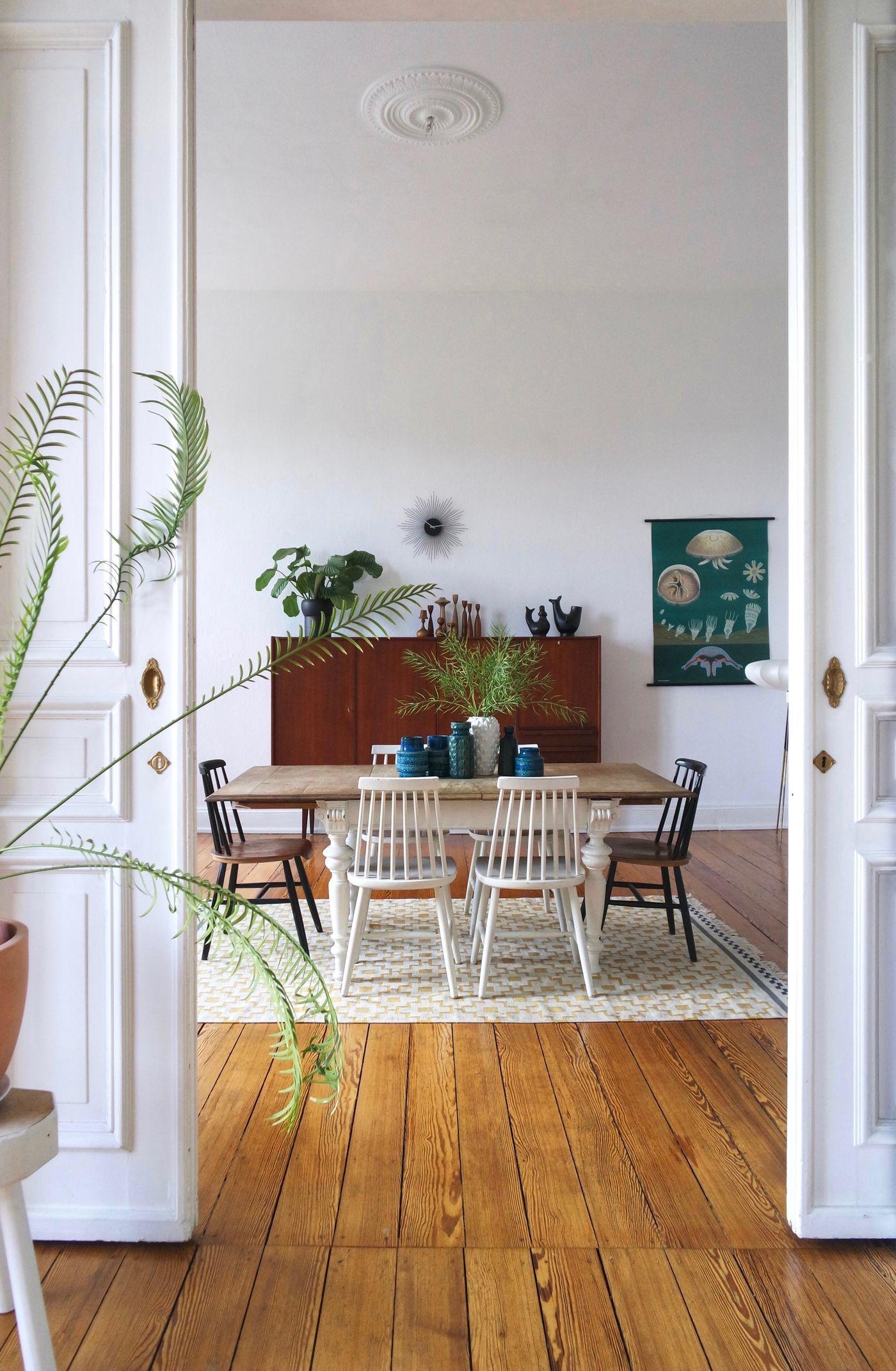 Mid Century Stil: Wohnungen im 9er Jahre Stil