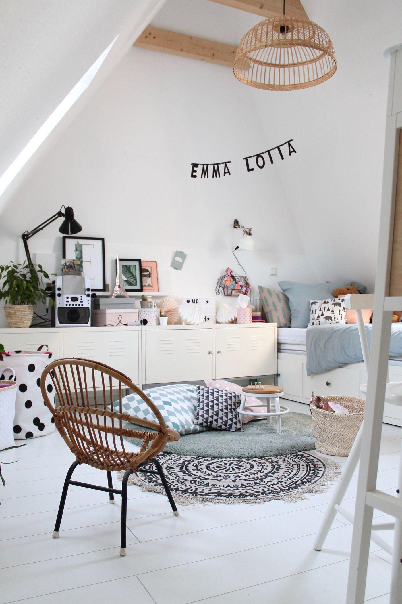 dachboden einrichten und gestalten. Black Bedroom Furniture Sets. Home Design Ideas