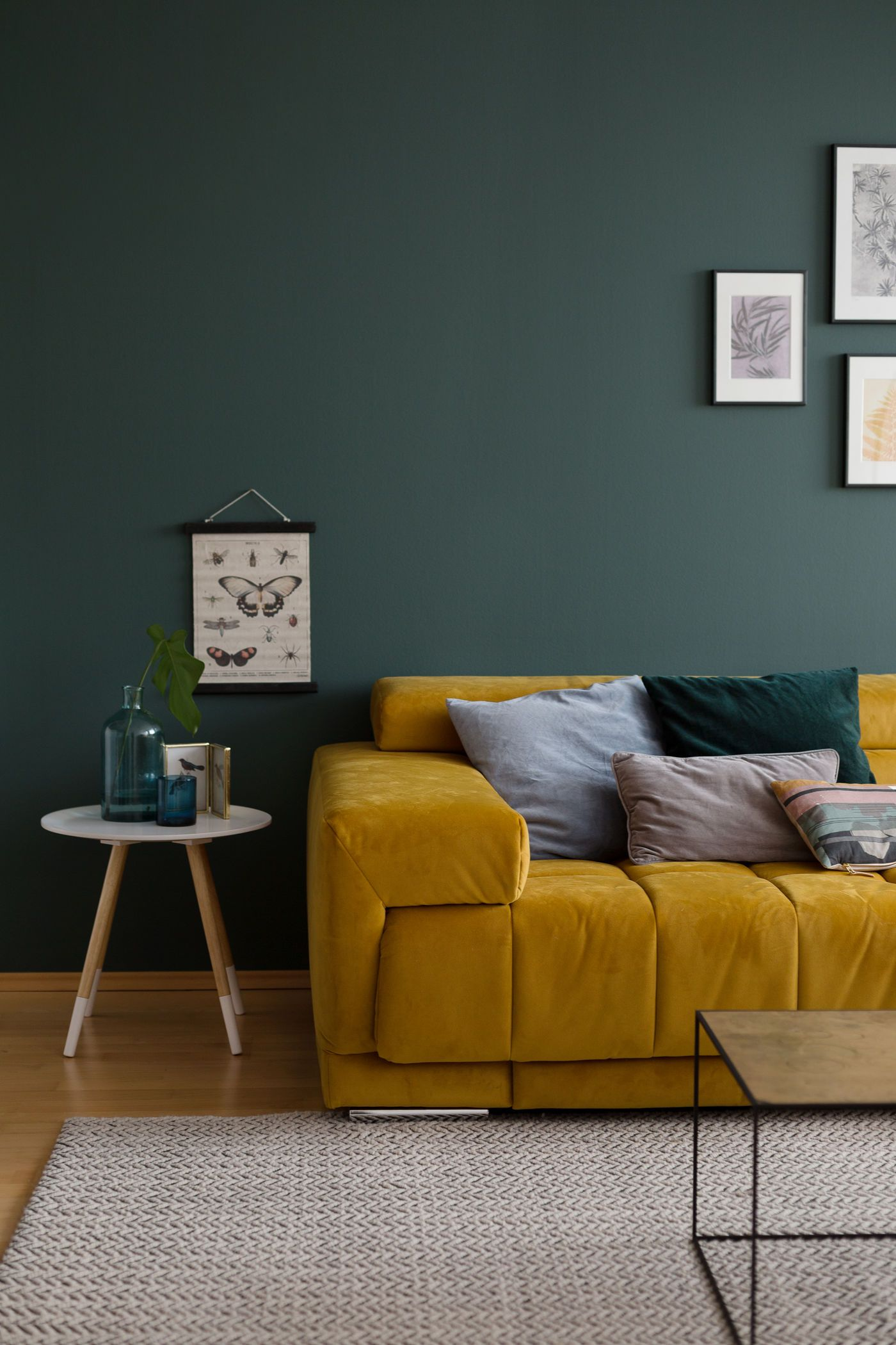 wandfarbe gr n die besten ideen und tipps zum streichen. Black Bedroom Furniture Sets. Home Design Ideas