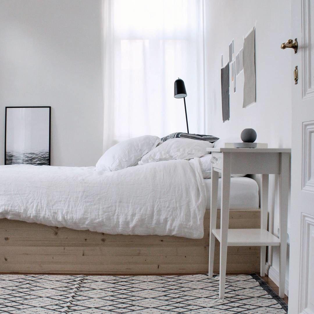bett auf rollen selber bauen bett selber bauen kosten mit. Black Bedroom Furniture Sets. Home Design Ideas