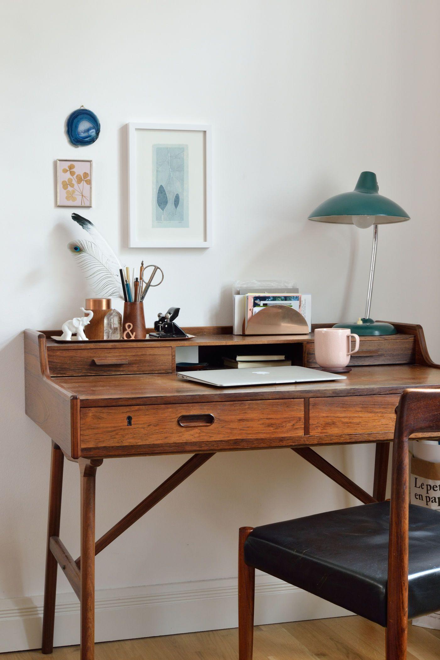 kissen an der wand befestigen affordable ebenfalls an die wand wurden die grnen nasen von ikea. Black Bedroom Furniture Sets. Home Design Ideas