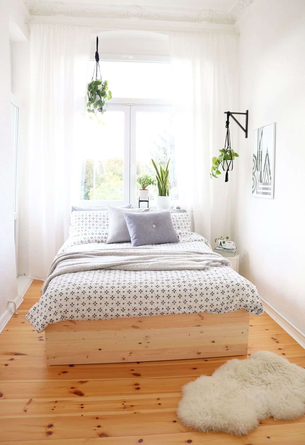 Kleine schlafzimmer einrichten gestalten for Wohnzimmer gunstig gestalten
