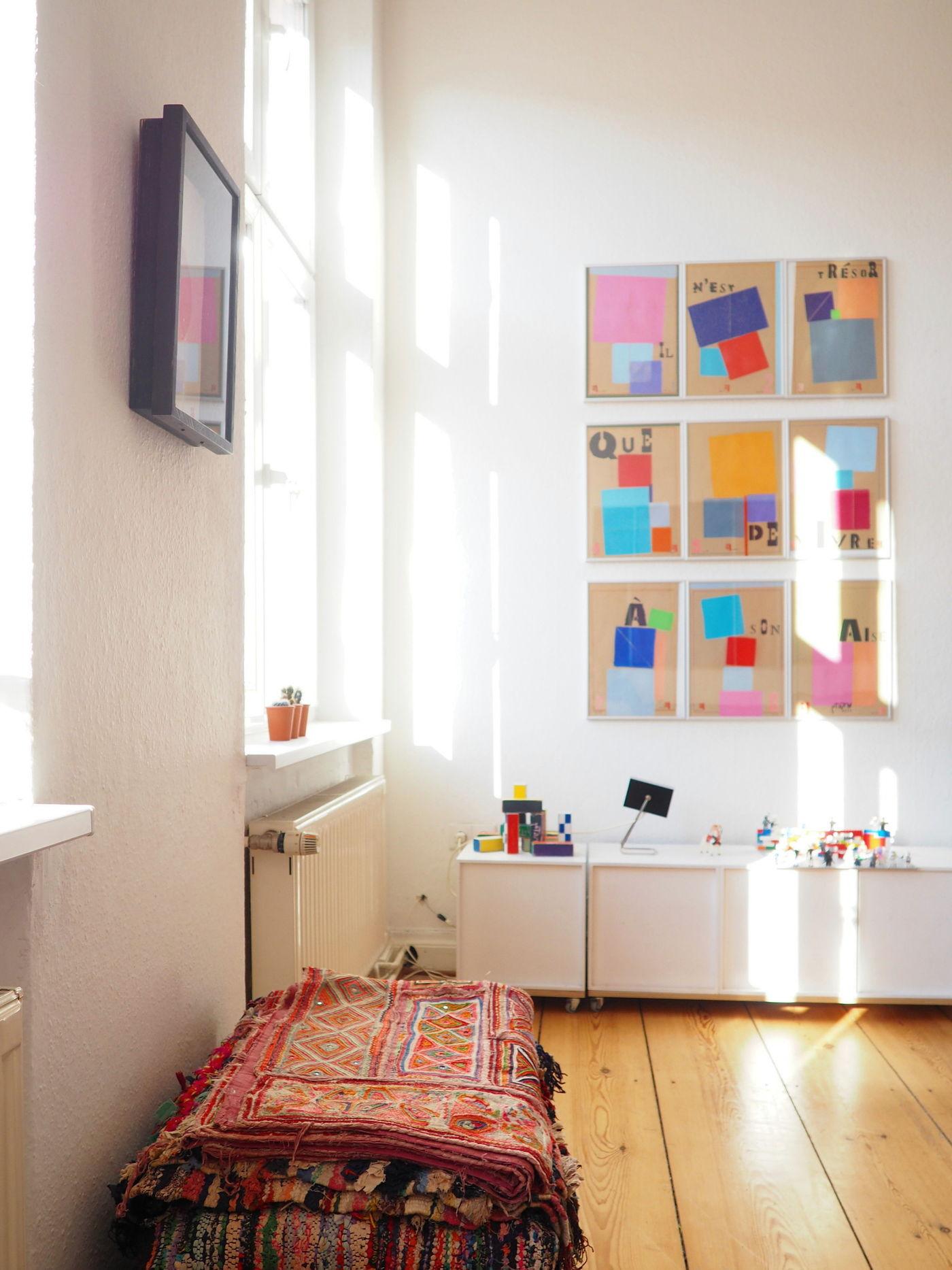 bilder aufh ngen die besten tipps tricks und. Black Bedroom Furniture Sets. Home Design Ideas