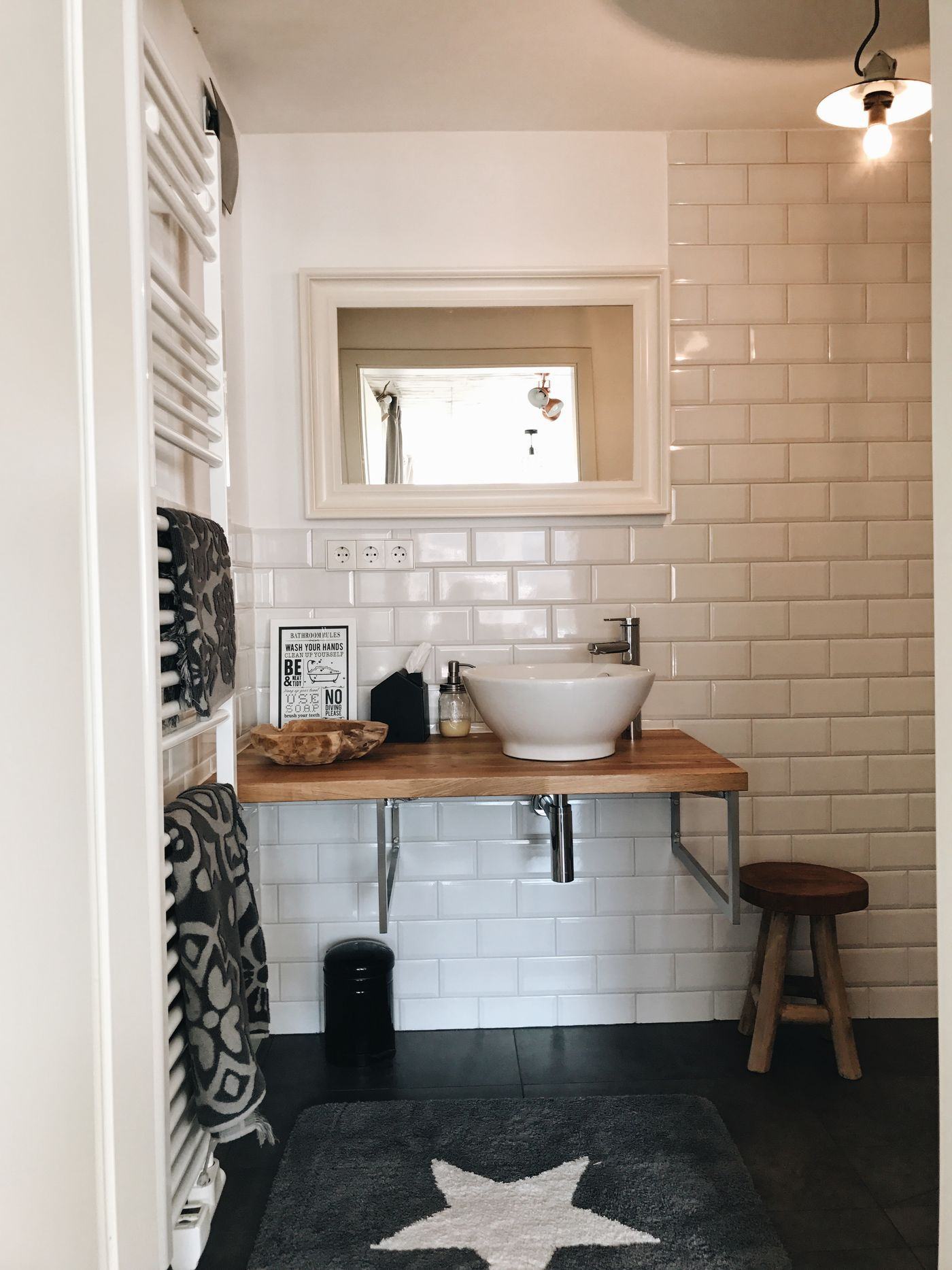 wandgestaltung gste wc modell. Black Bedroom Furniture Sets. Home Design Ideas