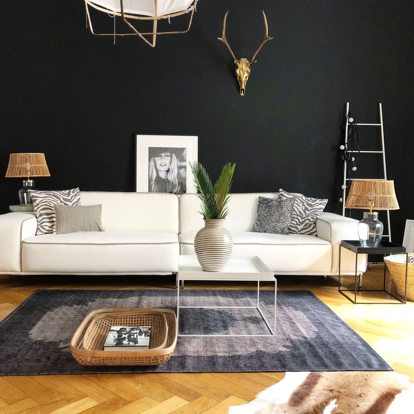 helles sofa trendy helles sofa und sessel gegen spende bild with helles sofa fabulous heckmann. Black Bedroom Furniture Sets. Home Design Ideas