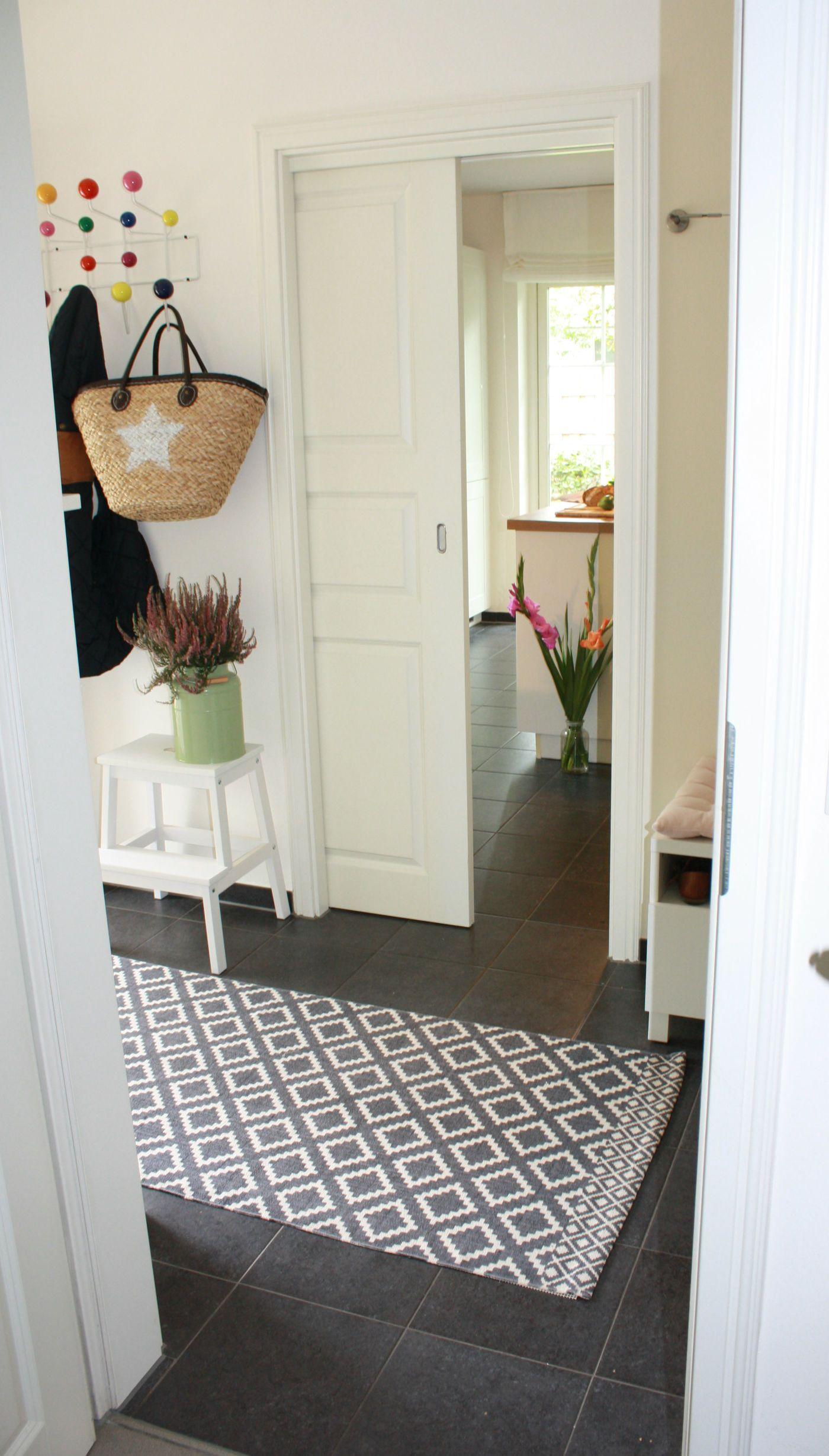 sch ne garderoben inspirationen f r dein zuhause seite 10. Black Bedroom Furniture Sets. Home Design Ideas