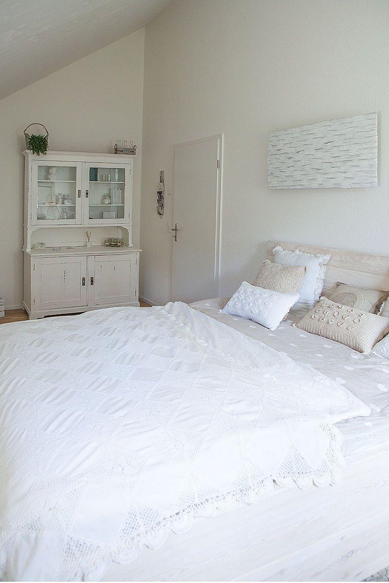 shabby chic schlafzimmer einrichten und dekorieren seite 2. Black Bedroom Furniture Sets. Home Design Ideas