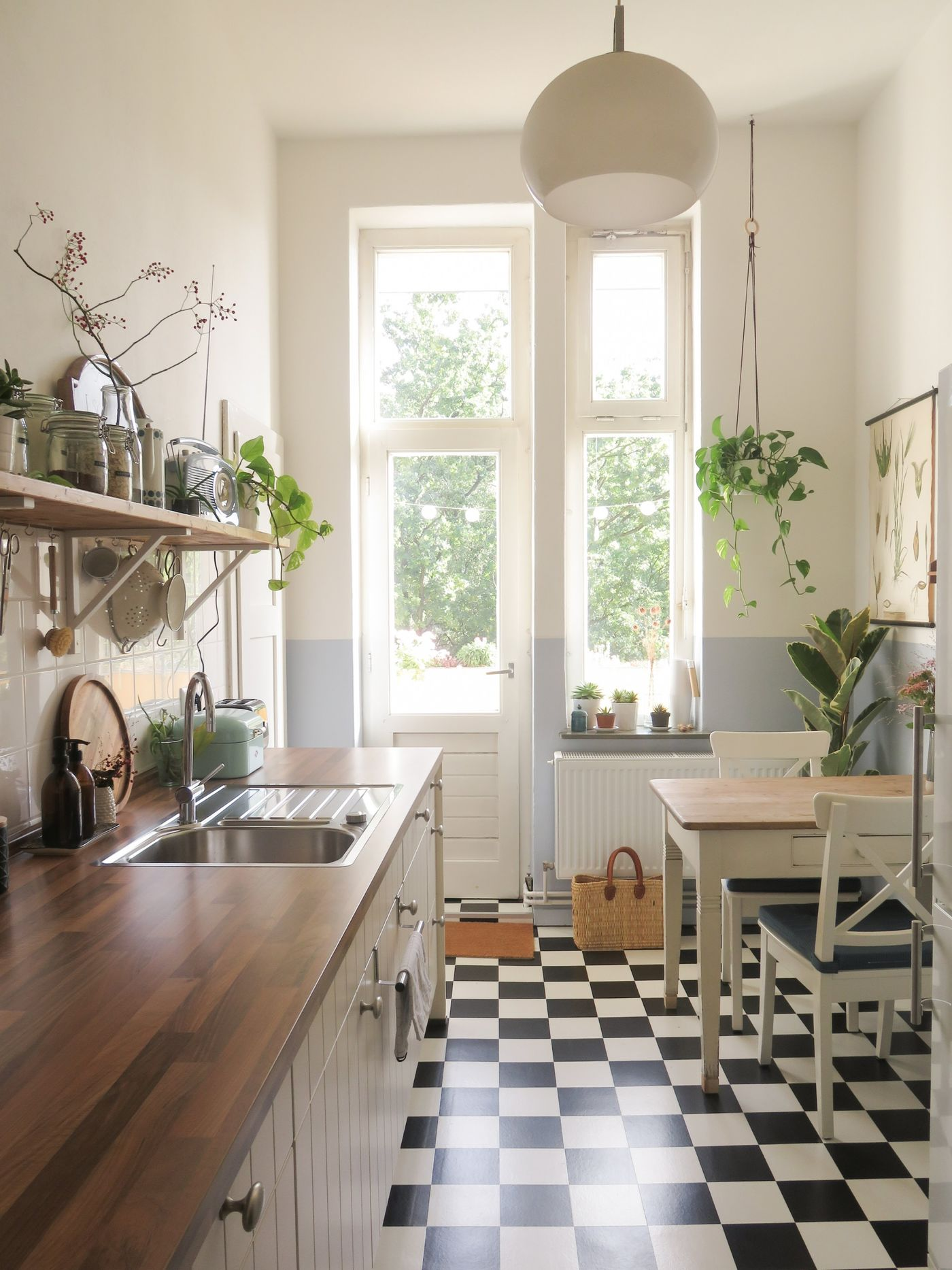 kleine k chen singlek chen einrichten. Black Bedroom Furniture Sets. Home Design Ideas