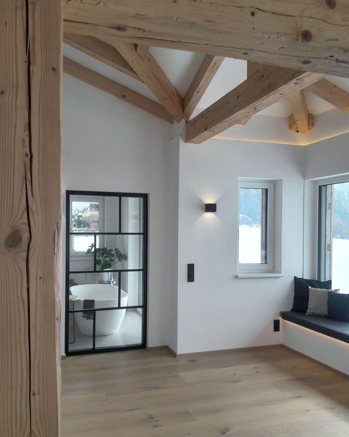 ideen f r deine wohnung im dachgeschoss mit dachschr gen. Black Bedroom Furniture Sets. Home Design Ideas