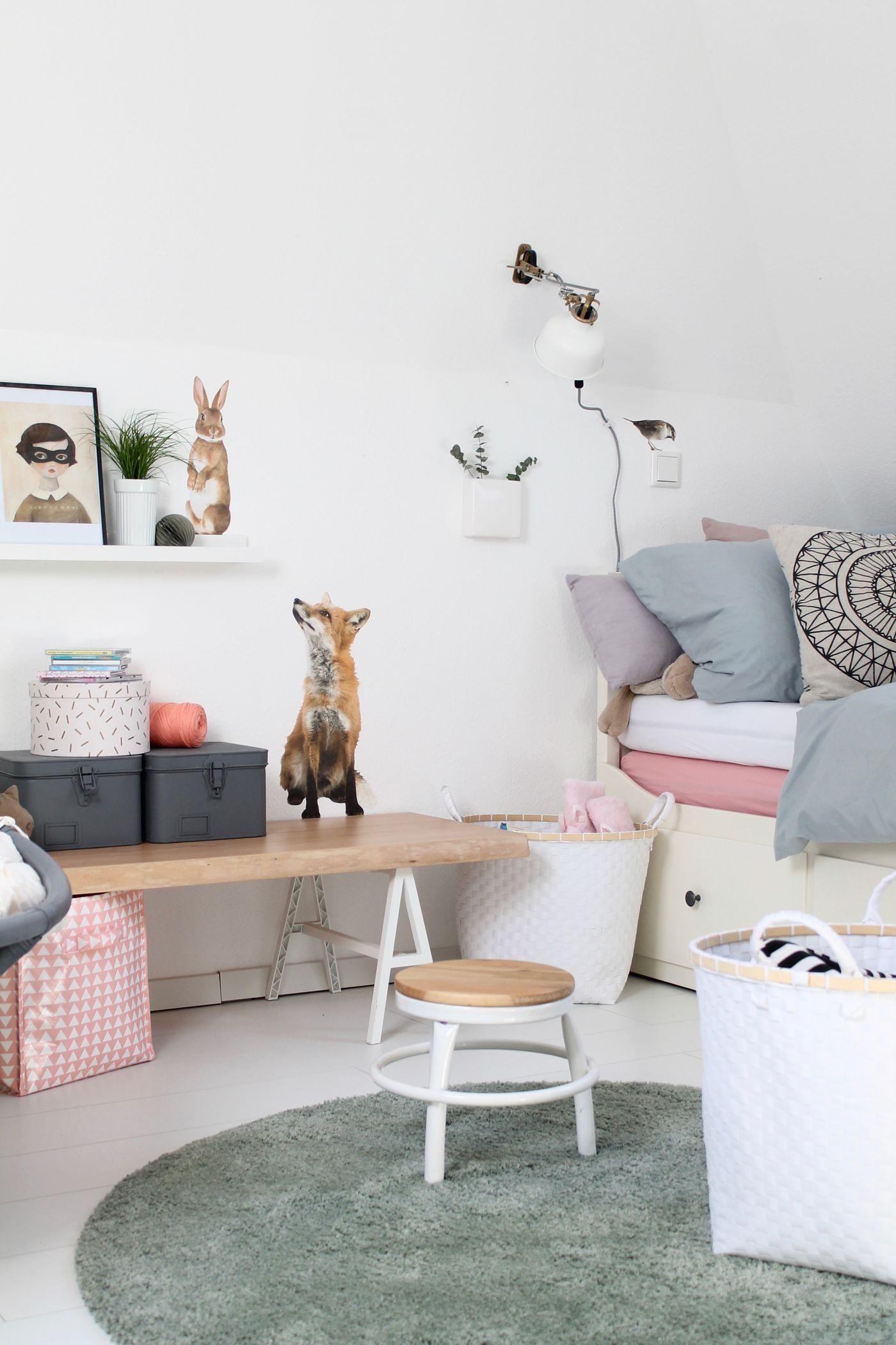 die sch nsten ideen mit wandtattoos und wandstickern. Black Bedroom Furniture Sets. Home Design Ideas