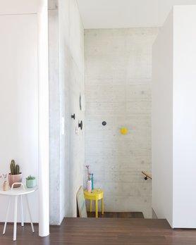 Wohnen einrichten und deko mit beton - Deko treppenaufgang ...
