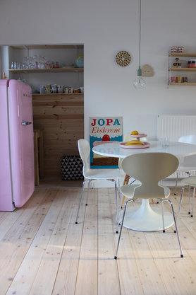 Küche Mit Blick In Die Kammer