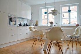 tische selber bauen die besten tipps und ideen. Black Bedroom Furniture Sets. Home Design Ideas