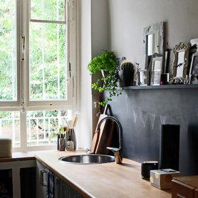 wandfarbe schwarz die besten ideen f r dunkle w nde. Black Bedroom Furniture Sets. Home Design Ideas