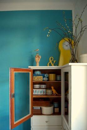 wohnen und einrichten im bauhaus stil. Black Bedroom Furniture Sets. Home Design Ideas