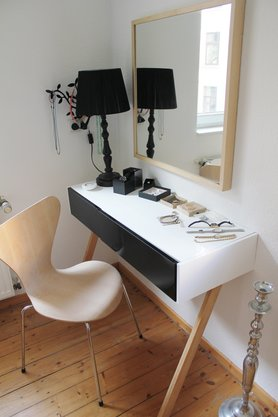 die sch nsten ideen f r deinen schminktisch und schminkplatz. Black Bedroom Furniture Sets. Home Design Ideas
