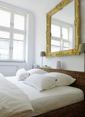 das landhaus schlafzimmer. Black Bedroom Furniture Sets. Home Design Ideas