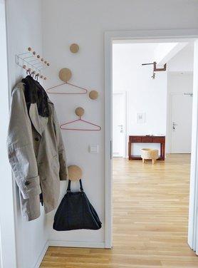 Die garderobenhaken dots von muuto for Garderobe dots