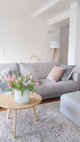 blumendeko mit tulpen. Black Bedroom Furniture Sets. Home Design Ideas