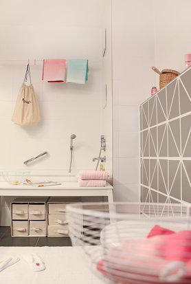 - Badezimmer Wandgestaltung