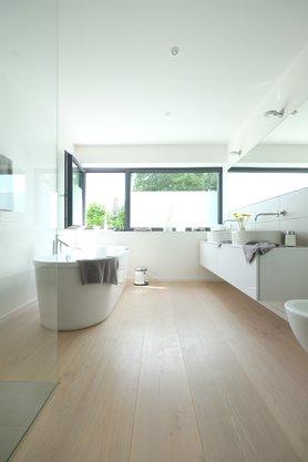 modern wohnen der moderne wohnstil. Black Bedroom Furniture Sets. Home Design Ideas