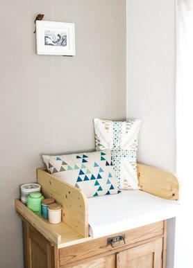 sch ne inspirationen und tolle ideen f r die wickelkommode. Black Bedroom Furniture Sets. Home Design Ideas