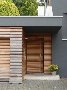 die sch nsten eingangsbereiche. Black Bedroom Furniture Sets. Home Design Ideas