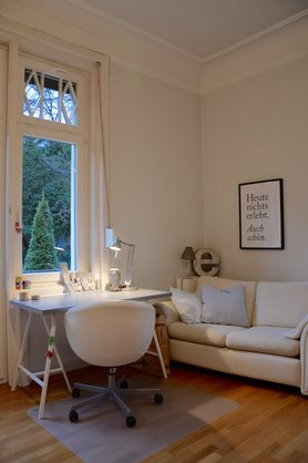 wg zimmer und studentenzimmer einrichten. Black Bedroom Furniture Sets. Home Design Ideas