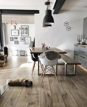 wandgestaltung mit der ikea ribba bilderleiste. Black Bedroom Furniture Sets. Home Design Ideas