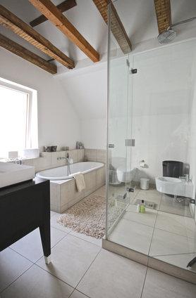 Ideen f r deine dusche 100 bilder aus echten wohnungen for Nett bad balken