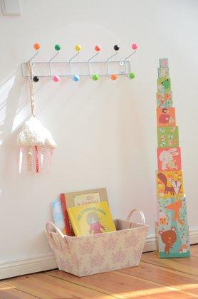 Garderoben selber bauen die besten ideen und diy tipps - Kindergarderobe selber machen ...