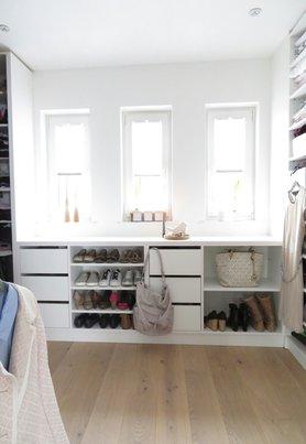 Ankleidezimmer einrichten gestalten for Kleiderschrank ideen kleines zimmer
