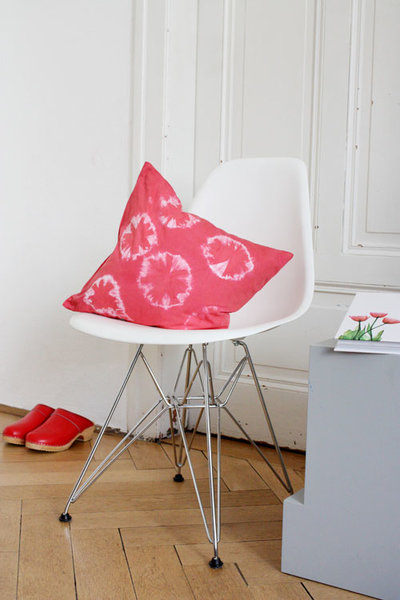 stoffbahnen decke elegant als batist wird ein sehr feinfdriger dicht gewebter leichter stoff. Black Bedroom Furniture Sets. Home Design Ideas