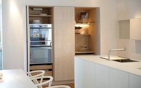 bulthaup blaser h fer. Black Bedroom Furniture Sets. Home Design Ideas
